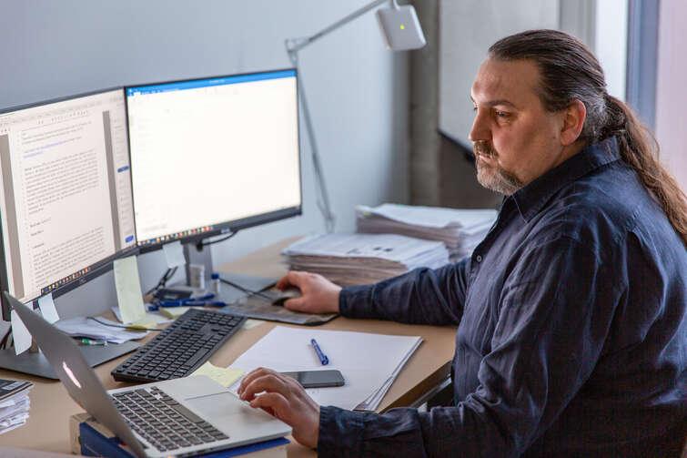 Professor Anders Woetmann Andersen
